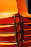 pile de chaises poster