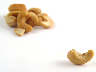 anybody cashews?