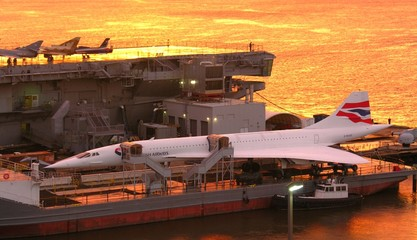 concorde in red
