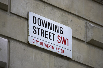downing street sign, london, uk