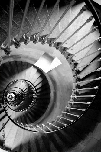 escalier circulaire - 49230