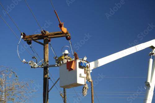 Leinwanddruck Bild electric utility lineman