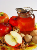apple with honey poster