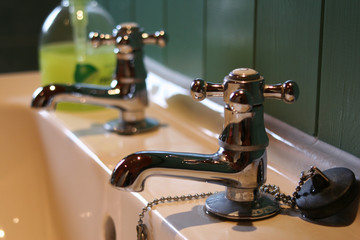 basin, taps & soap