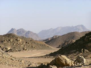 arabian sand dunes1