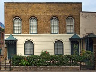 old houses in hackney road, london