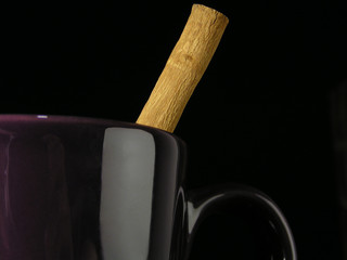 mug with cinnmon stick