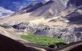 oasis dans les vallées sèches du népal
