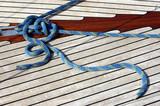 cordage sur un pont de voilier poster