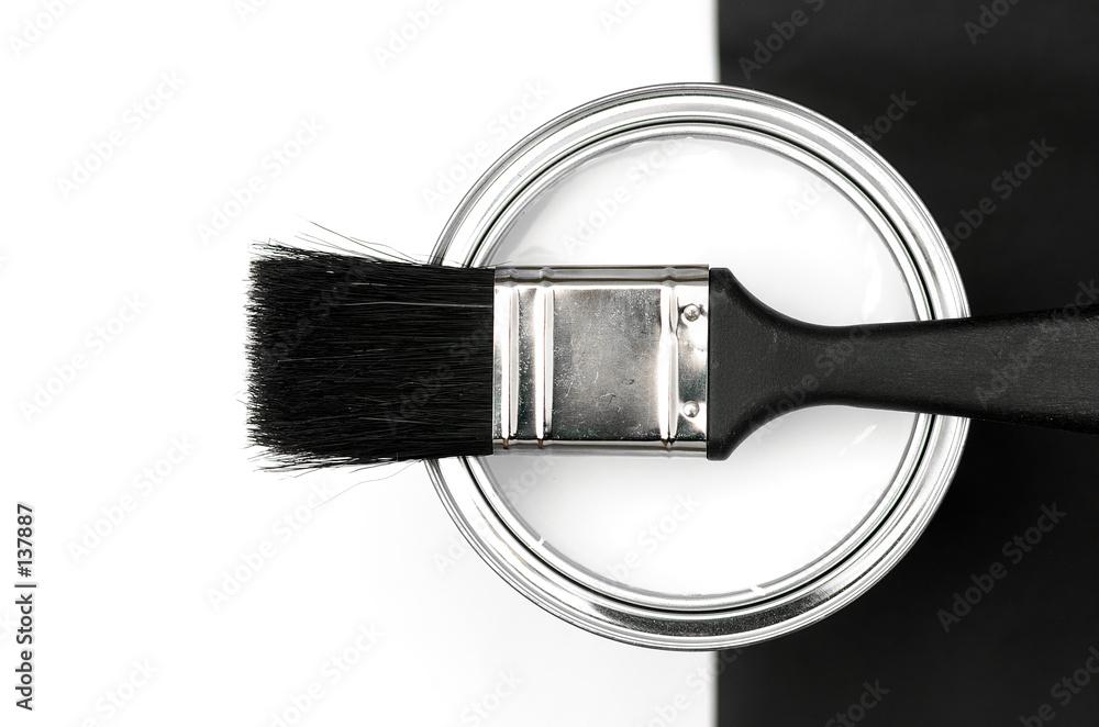 czarny biały projektant - powiększenie