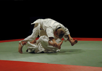 kids while judo training