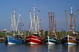 Fototapeta krabbenkutter im hafen