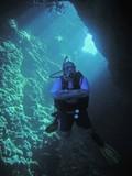 man under water poster
