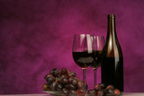 Fototapety horizontal of wine bottle with glasses and grapes