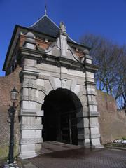 city gate 1