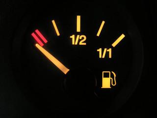 sensor of empty tank of benzine