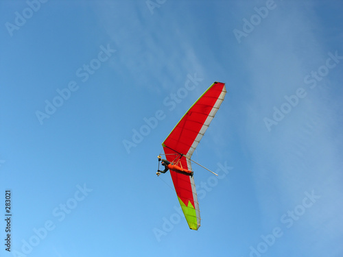 red hangglider