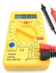 digital multimeter 04