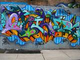 Graffiti w przejściu - 327297