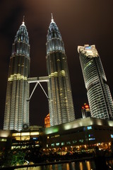 klcc at night
