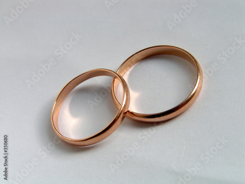 wedding rings symbol of love and fidelity