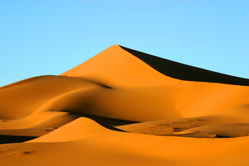 pyramide du désert