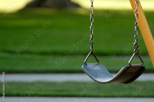 lonely swing - 355882