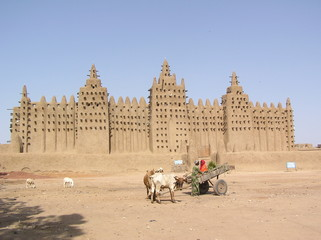 the mud mosque of djenne