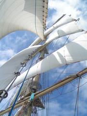 sails on mast