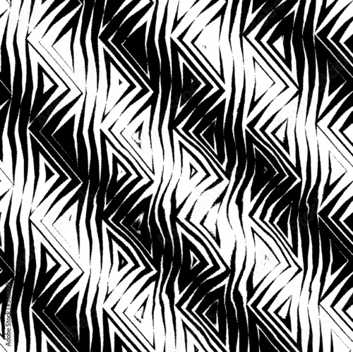 triangular tribal pattern b&w