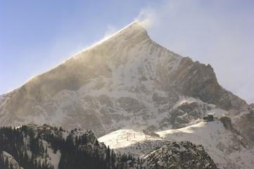 sturm auf der alpspitze im winter