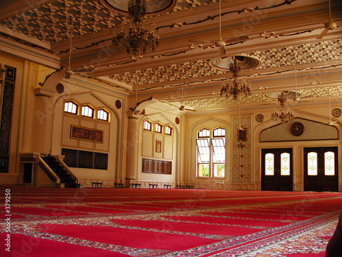 juma musjid mosque interior