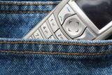 jeans et portable poster