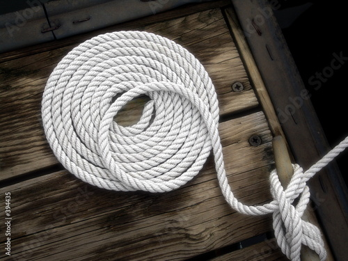 Foto op Canvas Zeilen boater's art - white boat rope