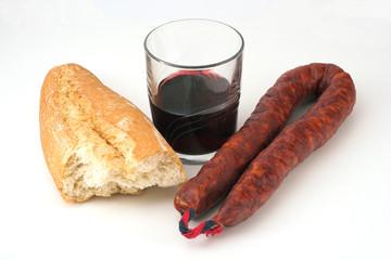 chorizo, pan y vino