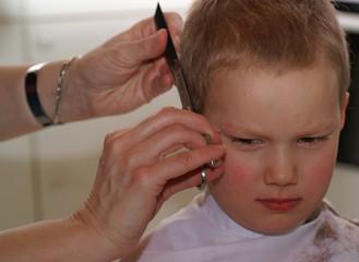 unwohlsein beim frisör