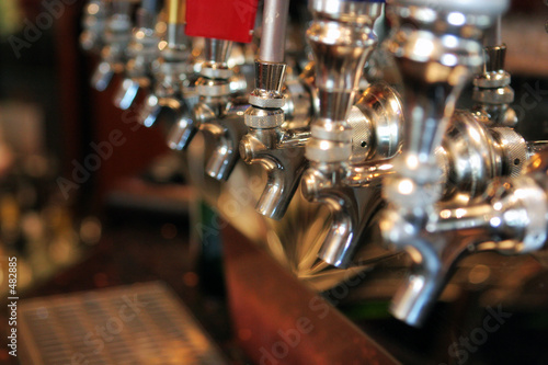 canvas print picture beer taps