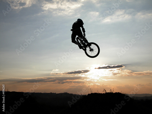 Fototapeta kolarz - rower - Bieg / Skok