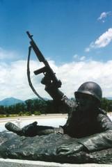 d-day memorial statue