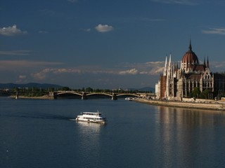 ship passing in front of hungarian parliament