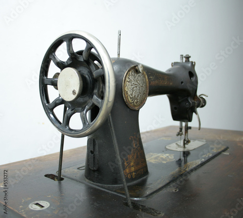 poster of old swewing machine