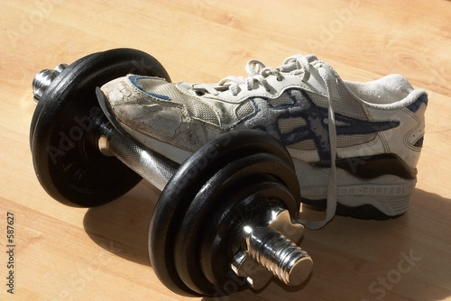 shoe on dumbell
