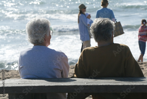 canvas print picture elderly couple on the beach