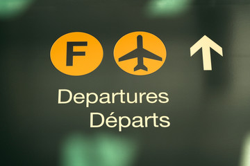 airport signage domestic flight