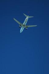 aircraft below 2