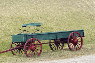 red and green wagon
