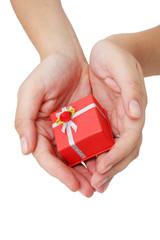 manos y regalo