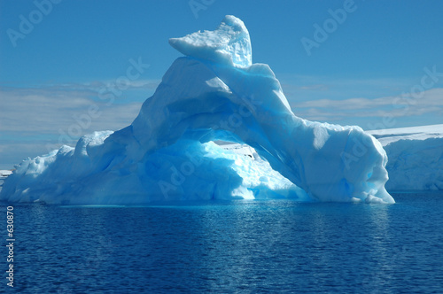 In de dag Antarctica iceberg in antarcic waters