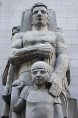 deco statue 1