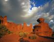fisher towers & sandstone boulder (h)